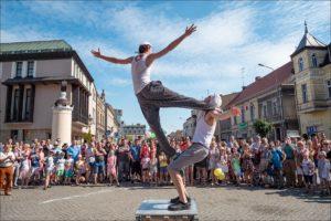 UFO 2019 - Uliczny Festiwal Osobliwości - Szamotuły - fot. Tomasz Koryl