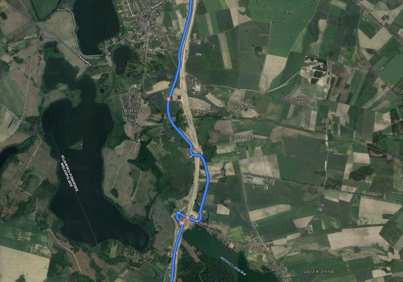 Nawigacja samochodowa NaviExpert vs. Google Maps - aktualizacja map