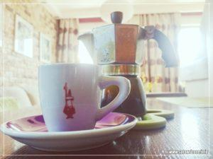 Naprawa rączki od kawiarki Bialetti. Kawiarka na 3 lub 4 filiżanki Moka Express - DIY