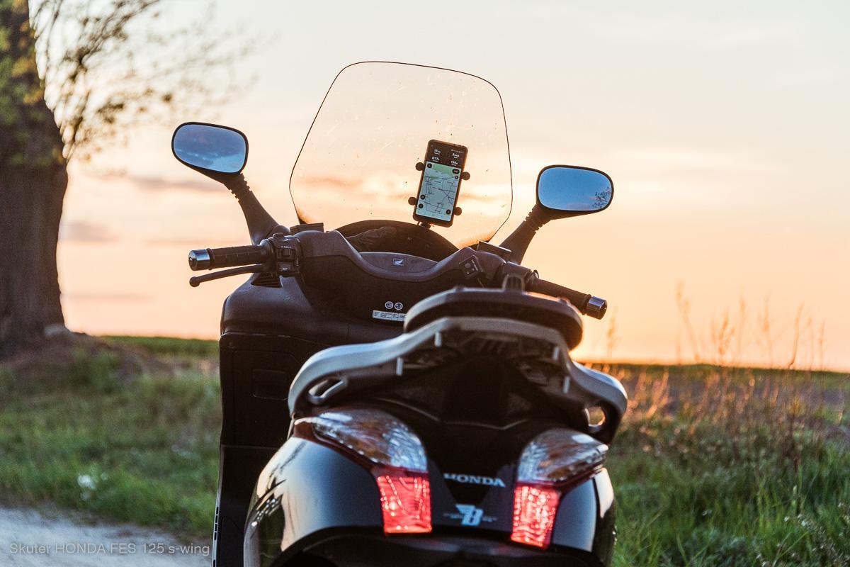 Skuter Honda s-wing żarówki – oświetlenie