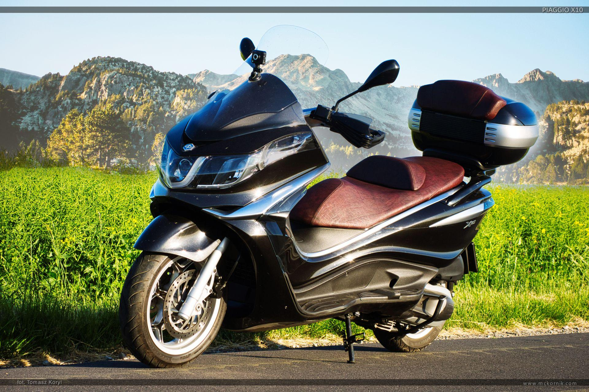 cooter piaggio x10 350 motorcycle review photos wallpaper - mckornik.com - #scootertouring, #scooter, #scootertravel, #maxiscooter, #piaggio, #piaggioX10, #piaggio350