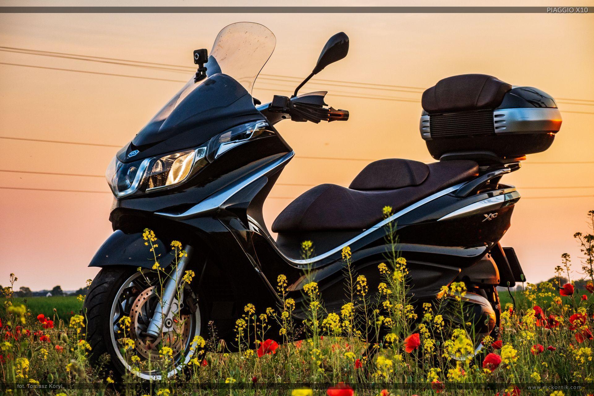 Piaggio X10 wallpapers - maxi scooter 350 - #scootertouring, #scooter, #scootertravel, #maxiscooter, #piaggio, #piaggioX10, #piaggio350