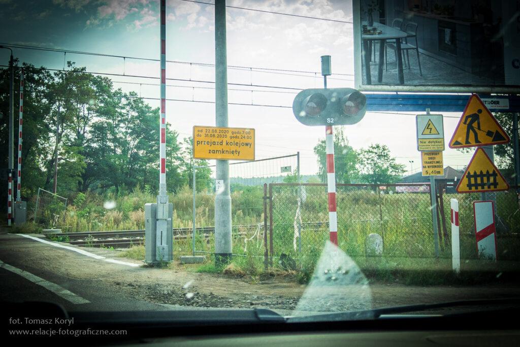 Zamknięcie przejazdu kolejowego w ciągu ul. Lutyckiej (linia Poznań Gł. - Rokietnica - Szczecin Dąbie) w rejonie ul. Sytkowskiej.