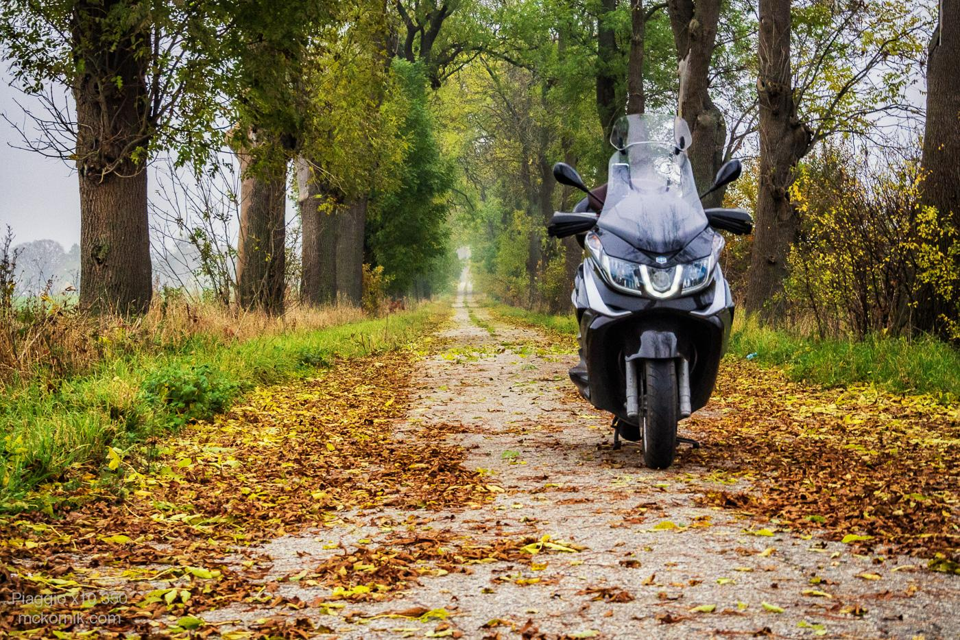 Jesienna jazda skuterem Piaggio x10 #piaggiox10350
