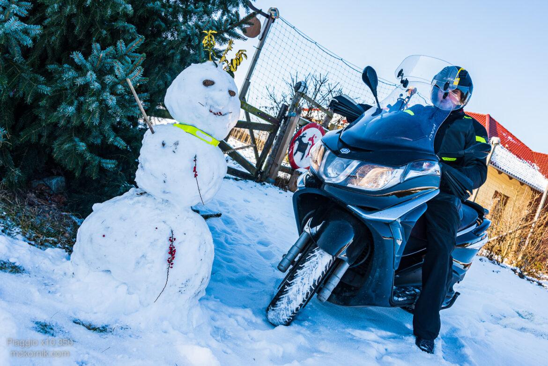 Zimowa jazda skuterem Piaggio x10 350