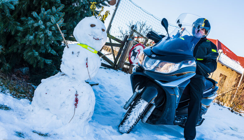 Zimowa jazda skuterem Piaggio x10 350, #piaggio10, #piaggiox10350, fot. Tomasz Koryl