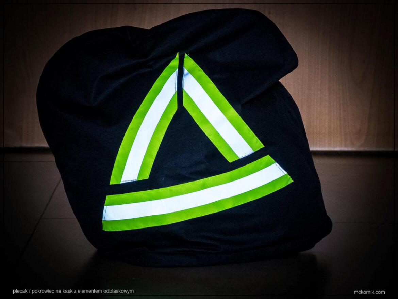 Worek plecak pokrowiec na kask motocyklowy trójkąt ostrzegawczy