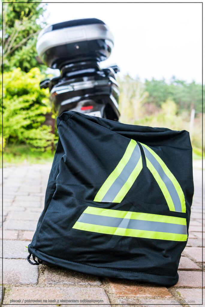 Motocyklowy trójkąt ostrzegawczy - worek plecak pokrowiec na kask na motor - mckornik.com